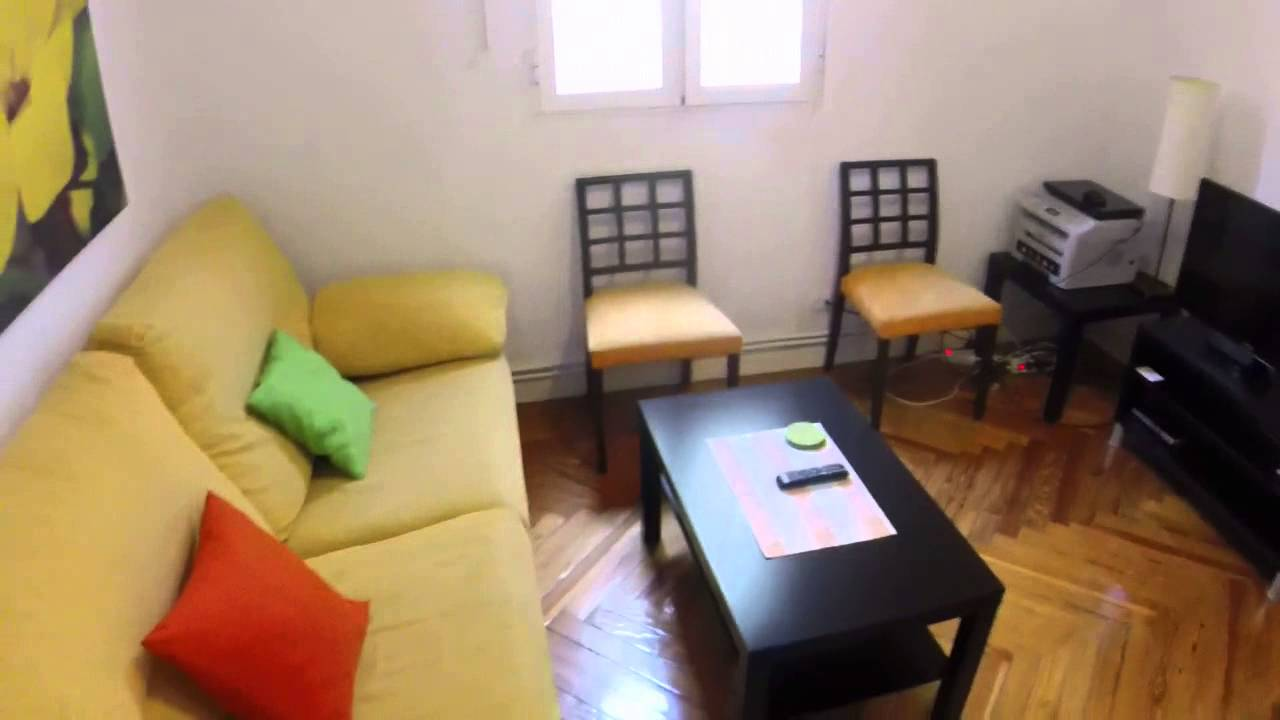 Relaxing room with heating in shared apartment, Chamberí