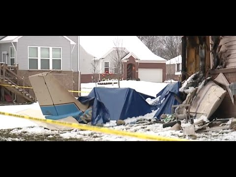 Family who lives at South Lyon home talks about plane crash tragedy