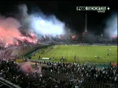 """""""Nacional (2) vs Fluminense (0) Copa Libertadores 2011"""" Barra: La Banda del Parque • Club: Nacional • País: Uruguay"""