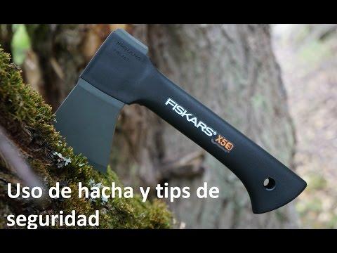 Uso simple de hacha corta. Tecnica y tips de seguridad Fiskars x5