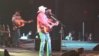 Alan Jackson - Gone Country, live Infinite Energy Center Duluth, Atlanta, 28 January 2017