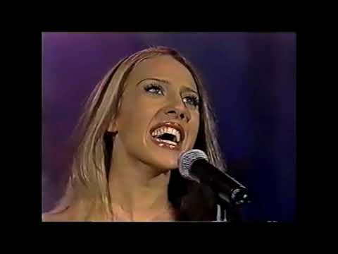 Monica Naranjo - Las Campanas Del Amor(Musical, Sonido Stereo)