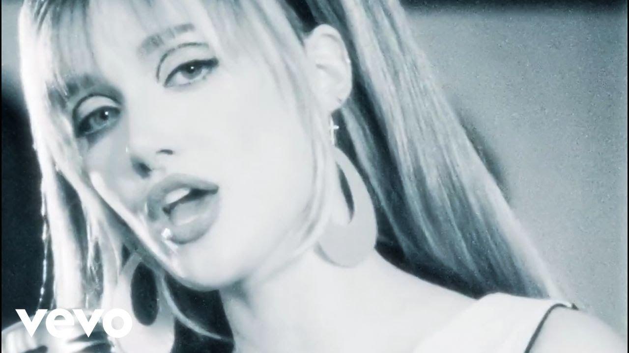 Lirik Lagu Better Than Feeling Lonely - Olivia O Brien dan Terjemahan