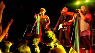 Arrested Development - Dawn Of The Dreads - Live In Belgrade 2011