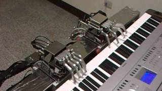Dream wedding---played by piano robot