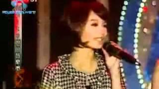 Fahrenheit_featuring_S_H_E_Xin_Wo