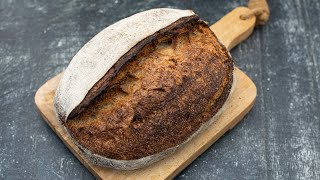 What is the best temperature to bake your sourdough bread at? | Foodgeek