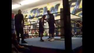 Team Florez Muay Thai..carlos Vs Jason