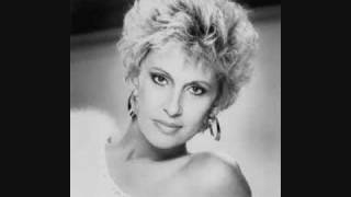 """Tammy Wynette """"He Loves Me All The Way"""""""