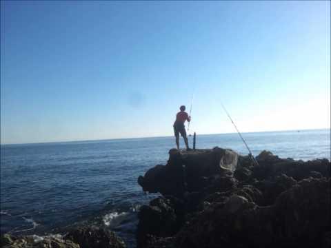 Togliere una casetta con pesca nella regione di Kaluga