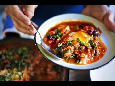 World's Best Breakfast Recipe – Shakshuka AKA Tomato Eggs