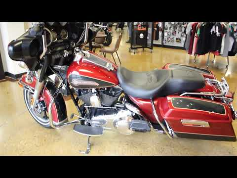 Fire Red/Black Pearl 2007 Harley-Davidson® Electra Glide® Classic FLHTC