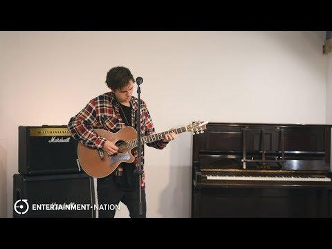 Daniel Brookerson - Singer Guitarist For Hire