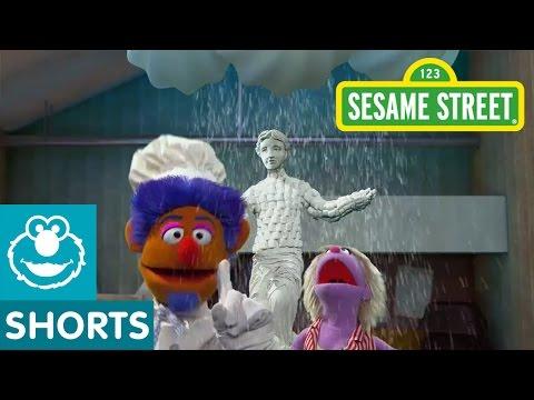 Sesame Street: Don't Rain on my Parade (Smart Cookies)