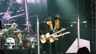 preview picture of video 'ZZ Top - Waiting For The Blues at Guitare en Scène (France 07 29 2012)'