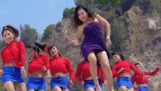 Bhayo Kasto Kasto - Jamuna B.C., Ramji Khand Ft. Parbati Rai   New Nepali Lok Dohori Song 2017
