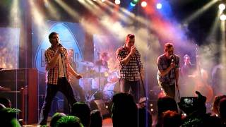 The Baseballs - Hot 'N' Cold [HD] live