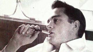 Johnny Cash Im so lonesome I could Cry