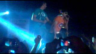 Justin vs Chamkila & pyar tenu karda gabru - YouTube