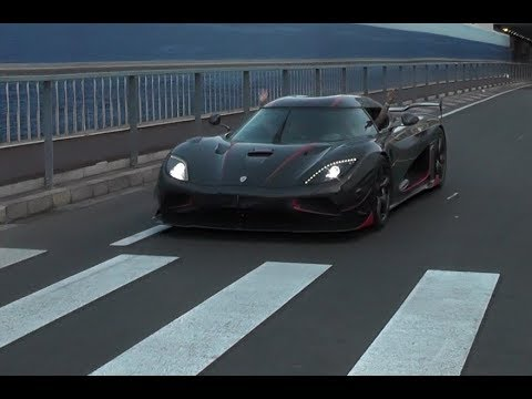 Full Carbon Koenigsegg Agera RS - Start Up, Revs & Accelerations !