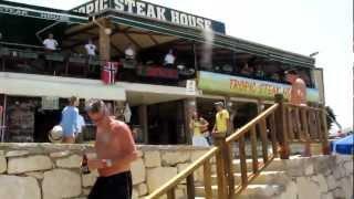 preview picture of video 'Killarna på Tropic Steakhouse & Tropic Bistro'