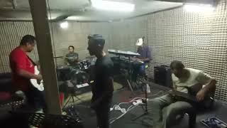 "[🔴Live Jemming] ""Menanti Kepastian - Brainwash""cover by Gracias Band"