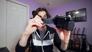 Why don't vloggers use camcorders? | Q&A 016