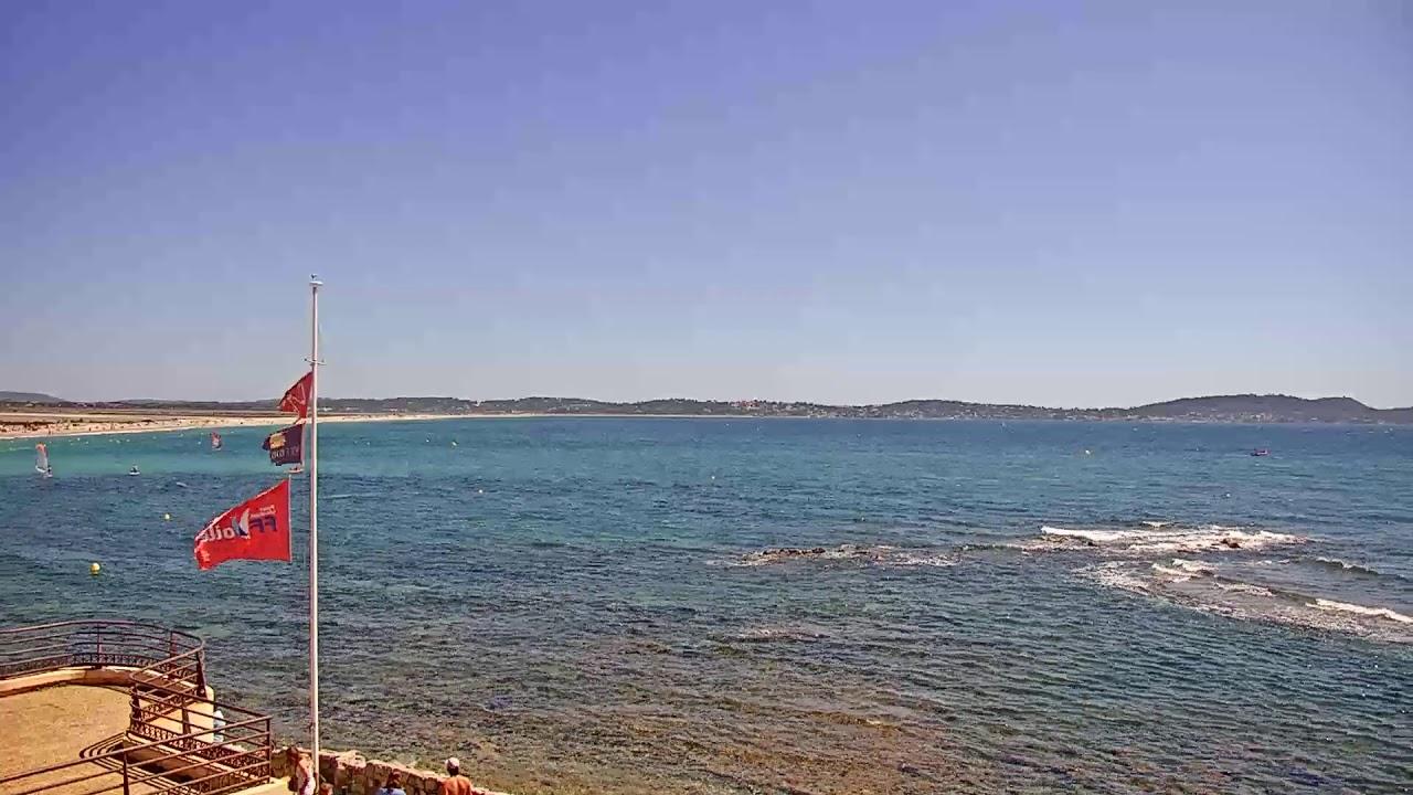 Webcam en direct de la plage de l'Almanarre à Hyères, le long de la route du sel