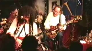 Les Paul with Brian May from the band Queen