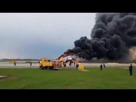 Στους 41 οι νεκροί από το αεροπορικό δυστύχημα στη Ρωσία (βίντεο)
