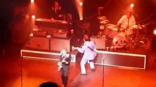 """CHRIS ISAAK """"Go Walking Down There"""" 9-4-13"""