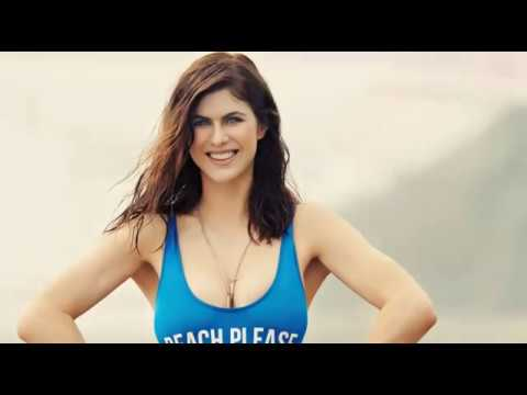 Alexandra Daddario Sexy Actresses in Hollywood-  Watch Her Bold & Intimate Pics