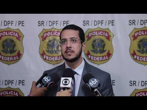 Polícia Federal apreende mais de 400 kg de cocaína em um caminhão que transportava milho, no Sertão