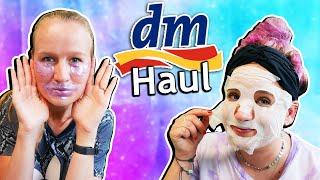 WIR TESTEN DM HAUL Sommer Sachen von DM ausprobieren: Masken, Süßigkeiten, Bilou
