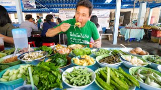 24 Toppings Buffet -  EPIC CURRY NOODLES - Amazing Street Food in Asia!