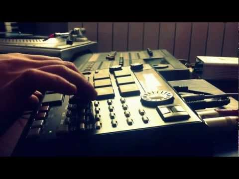 Making Beat Akai MPC 500 -Colors -ThePatents Instrumental