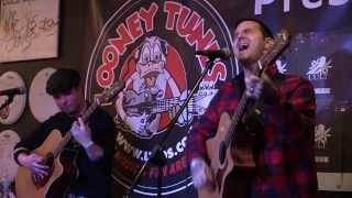 "UTG TV: Bayside - ""Megan"" (Acoustic at Looney Tunes)"