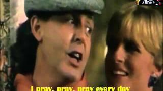 Paul McCartney & Michael Jackson Say Say Say With Lyrics.