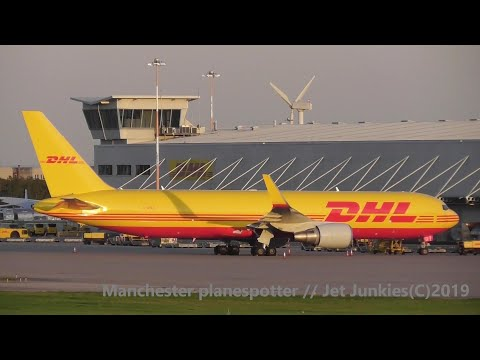 (HD) Plane Spotting At East Midlands Airport Eveing / Night At East Midlands Airport On 19/09/2019