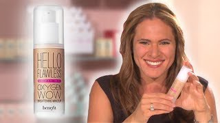 Why we love it! Hello...it's flawless time! Our new oil-free brightening liquid foundation builds from light to medium coverage for a natural complexion you can believe in. It's you...just more luminous & healthy looking.Find your flawless match with the hello flawless oxygen wow shade guide in Beauty School.  How to apply Blend on face with brush or fingertips.  Shop the look at: http://bit.ly/29iYXGy  Subscribe to our YouTube channel for more videos! https://www.youtube.com/benefitukroi