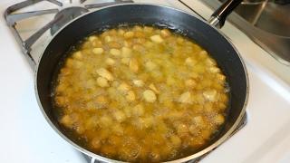 Ethiopian Food - How to Make Yetetebese Dabo Kolo  - በዘይት የተጠበሰ ዳቦ ቆሎ አሰራር