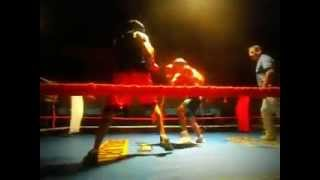 preview picture of video 'BOXEO AMATEUR EN villaguay,entre rios: JUAN EL FINITO LOPEZ VS LUIS PIEDRABUENA'