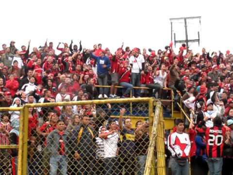 """""""Barra de Liga Deportiva Alajuelense: La 12 en Estadio Fello Meza"""" Barra: La 12 • Club: Alajuelense"""
