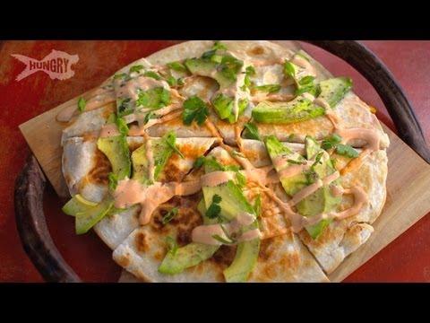 Video Vegan Recipe: Fajita Quesadillas