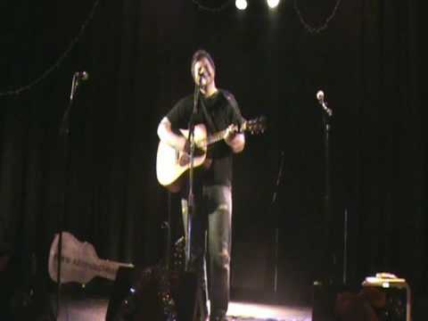"Kevin Cochran performs his song ""North & Wells"" at Birdy's Indianapolis 12-15-2009"