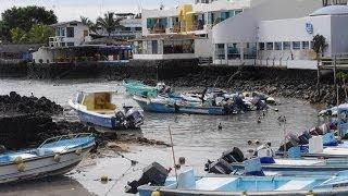 preview picture of video 'Puerto Ayora, Santa Cruz, Celebrity Xpedition'