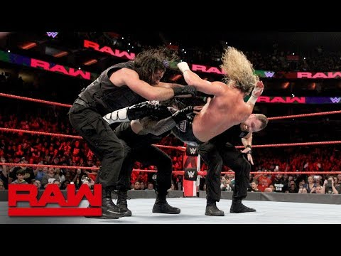 """Braun Strowman's """"pack"""" implodes during battle with The Shield: Raw, Oct. 15, 2018"""