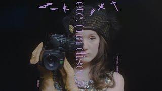 Kadr z teledysku etc. (na disco) tekst piosenki sanah
