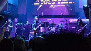 "Stryper ""Marching into Battle"" ..."