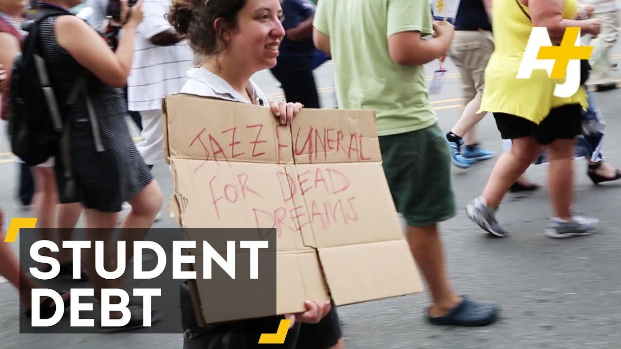 Student Debt Activists Crash Financial Aid Officer Conference Parade